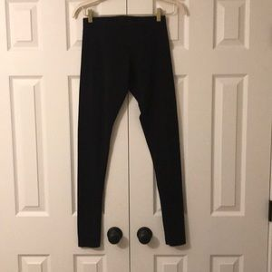 VICTORIA SECRET YOGA LEGGINS